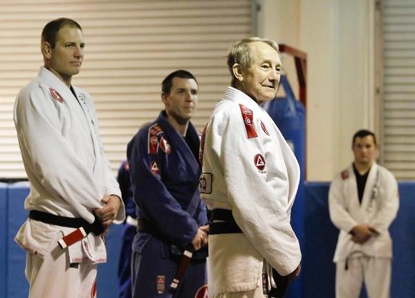 faixa preta da gracie barra jiu jitsu brasileiro
