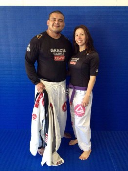 Couple's recent picture  Fábio (- 100lbs) and Marcinha (- 30lbs).